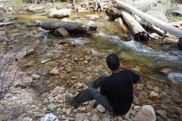 Ravi filtering water