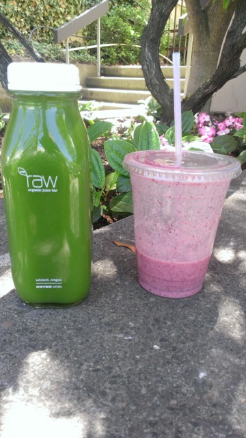 Smoothie and Juice at NW Raw in Ashland.