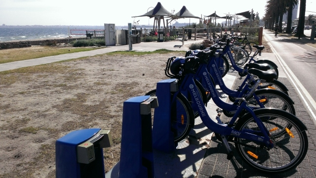 City bike rentals right on the beach.