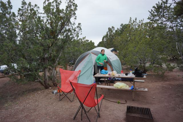 The weather was cool with a chance of rain, so we opted to stay in a KOA (with HOT SHOWERS!) outside of the Santa Fe. Temps dropped into the low 40's at night. Campsites in the Santa Fe National Forest were getting snowed on!